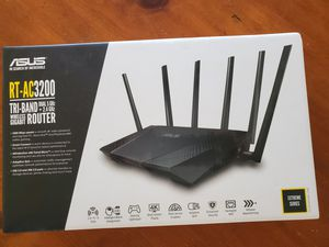 Asus RT-AC3200 Tri-band router for Sale in Miami, FL