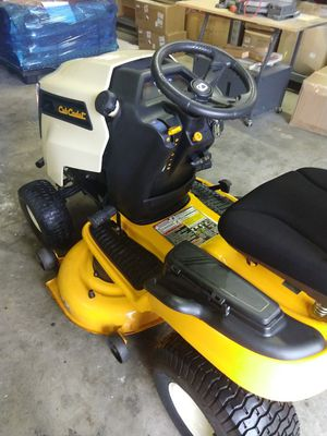 """Cub Cadet 42"""" cut lawn tractor for Sale in Newport News, VA"""