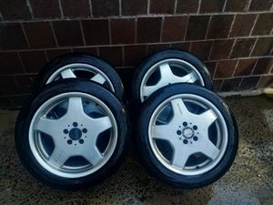 """Mercedes AMG rims I with general g Max tires 18"""" for Sale in Jersey City, NJ"""