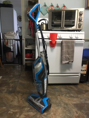 Bissell cross wave mop vac for Sale in Chelsea, MA