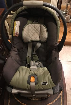 Infant carrier/car seat for Sale in Pearl, MS