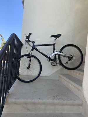 Diamondback mountain bike more detail please check my offers thanks for Sale in Los Angeles, CA