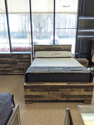 Queen Bedroom Set NEW for Sale in Virginia Beach, VA