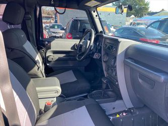 2010 Jeep Wrangler for Sale in Happy Valley	,  OR