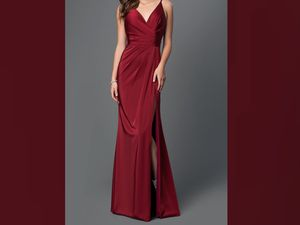 Beautiful Evening or Prom dress size 6 wine colored for Sale in Yonkers, NY
