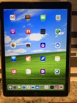 iPad pro 12.9 bundle for Sale in Washington, DC