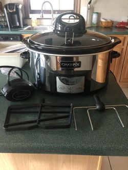 Crock Pot - Slow Cooker 6 quart for Sale in Attleboro,  MA