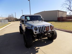 2012 JEEP WRANGLER LIMITED for Sale in Arlington, TX