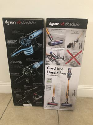 Dyson V8 Absolute Cordless Vacuum brand new for Sale in Clovis, CA