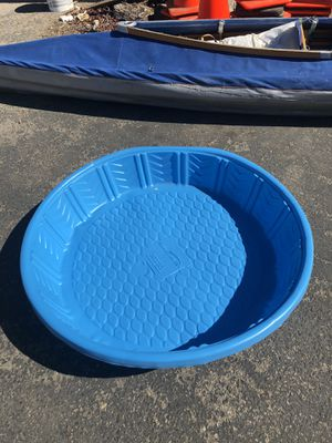 2 plastic pools for Sale in Fresno, CA