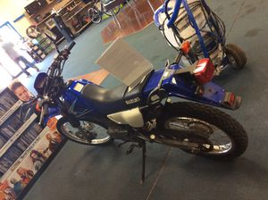Suzuki motorcycle DR200S for Sale in Jacksonville, FL