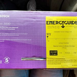 Bosch Tankless Water Heater 240 Volts $75 for Sale in Tampa, FL