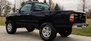 Very clean interior Nothing wrong at all TOYOTA TACOMA 2001 for Sale in Dayton, OH