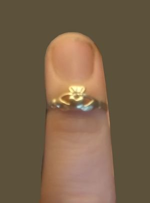 14k Gold Caddagh ring for Sale in Aberdeen, WA