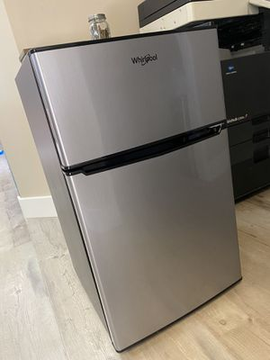 Mini Fridge for Sale in West Covina, CA