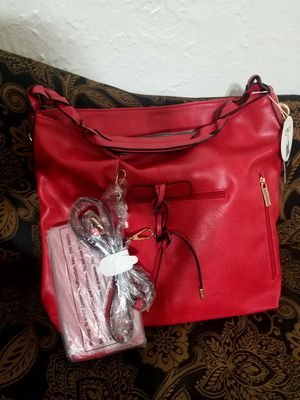 Red purse for Sale in Chicago, IL