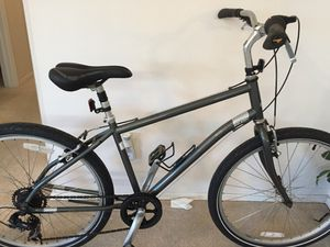 Raleigh Venture hybrid trail bike ready/ride nice leisure for Sale in Winter Springs, FL