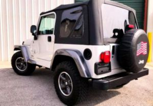 $12OO Only 2OO4 Jeep Wrangler Low Price for Sale in Janesville, WI