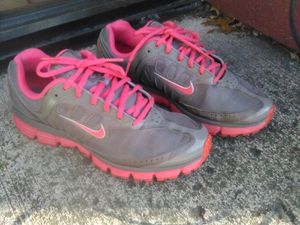 Nike Dual Fusion women's size 9.5 for Sale in Portland, OR