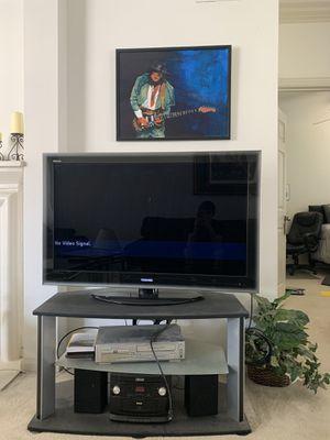 40 inch Toshiba TV, no remote. for Sale in Dallas, TX