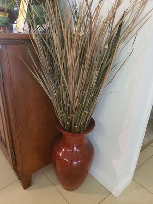 "Silk / Fake Sawgrass Plant in 19"" tall Vase for Sale in Davie, FL"