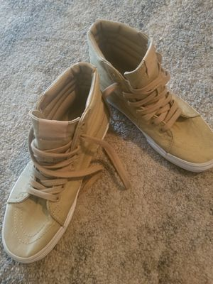 High top Van's size in men 7.5 women 9.0 for Sale in Chandler, AZ