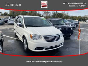2013 Chrysler Town & Country for Sale in Kissimmee, FL