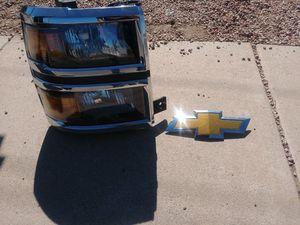 Head light for Sale in Phoenix, AZ