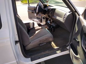 01 Ford Ranger V 6. for Sale in Modesto, CA