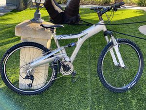 ellsworth joker Mountain bike for Sale in San Diego, CA
