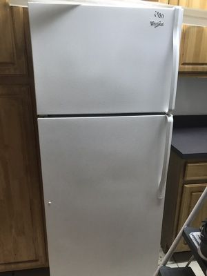 100 Dollars Frdige/Stove/dishwasher for Sale in Orlando, FL