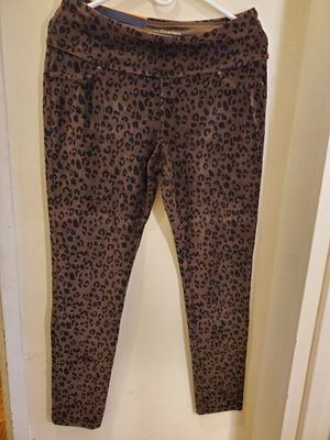 Khakis & Company women's knit corduroy pants size medium for Sale in The Bronx, NY