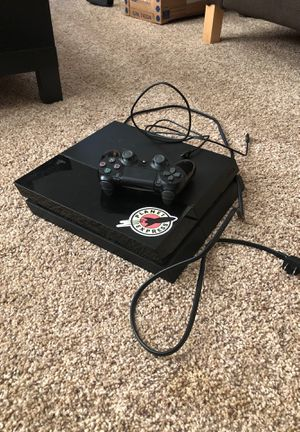PlayStation 4 good condition for Sale in Ada, OK