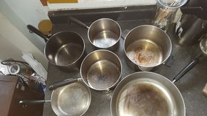 Vintage Revere wear copper bottom pots and pans set. 12 pieces (with lids) Collectable but used every day for Sale in Hollywood, FL