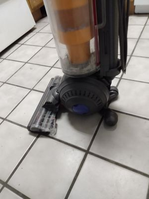Dyson vacuum cleaner dc40 for Sale in Gainesville, FL