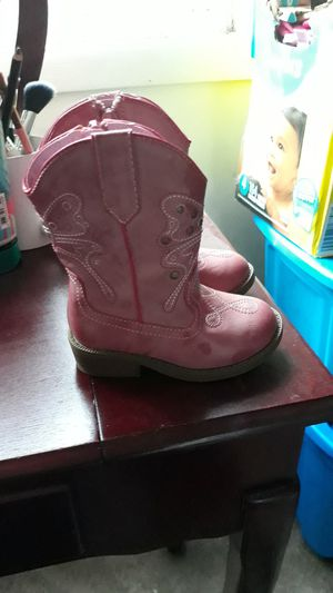 Toddler girl cow girl boots for Sale in Franklin Park, IL
