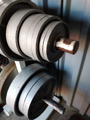300 lbs olympic weight set (weights & 7ft bar) for Sale in Phoenix, AZ