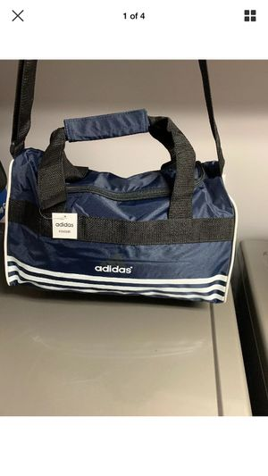 New York Yankees Medium size Duffle Bag for Sale in Brooklyn, NY