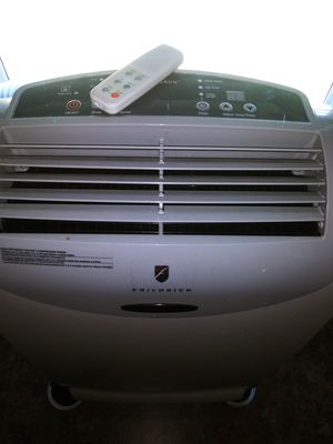 Friedrich stand up AC unit ice cold for Sale in Willow Spring, NC
