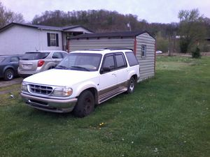 97 Ford Explorer Eddie Bauer Edition 5.0 AWD for Sale in Henderson, WV