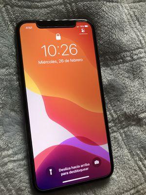 iPhone X 256gb de memoria excelentes condiciones carrier AT&T cricket net10 H2O airvoice wireless solamente for Sale in Los Angeles, CA