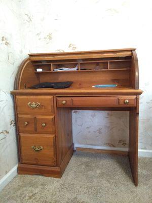 General purpose desk for Sale in Roswell, GA