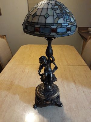 Antique lamp with beautiful shape excelle6nt condition for Sale in Vancouver, WA