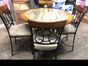 Table / Mesa for Sale in Santa Ana, CA