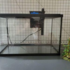 Small Fish Tank for Sale in Rancho Santa Margarita, CA