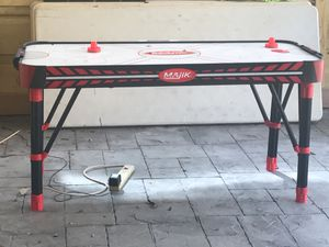 Air hockey table for Sale in Hialeah, FL
