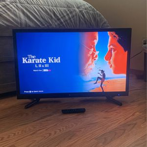 32 inch Tv with Fire Stck for Sale in Fort Worth, TX