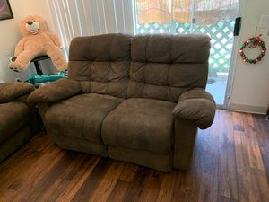 Sofa and loveseat for sale! for Sale in Chula Vista, CA