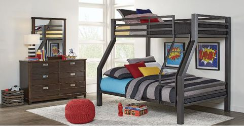 Xander Gray Twin/Full Bunk Bed for Sale in Katy,  TX