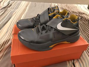 Nike Basketball Shoes Zoom KD IV for Sale in Lake Oswego, OR
